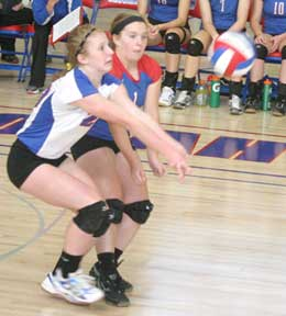 Alexis Hove (L) and Lindsay Smith both go after the ball in a recent game. (Photo by Jennifer Bissell)