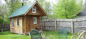 Luther College hosts tiny house workshop April 25
