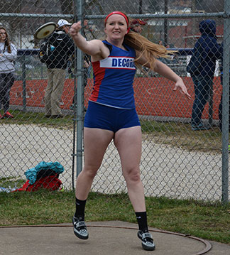 Hailey Nierling finished seventh in the discus Monday night at Maquoketa Valley. (Photo by Becky Walz)